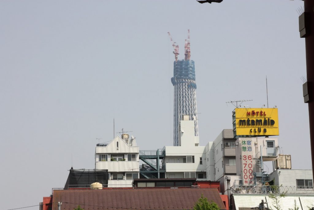 Skytree en construction, en 2010